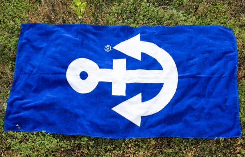 Büro Destruct Anchor Beach Towel
