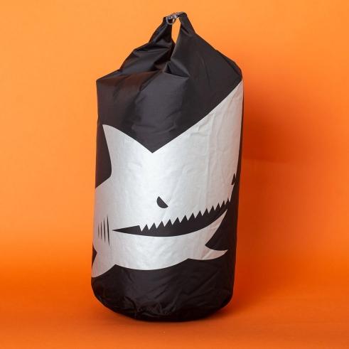 bd shark seabag
