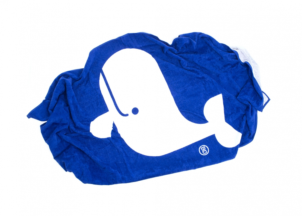 Büro Destruct mAARE whale Beach Towel